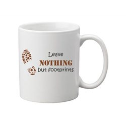 Footprints - Geocaching Tee + Kaffeebecher