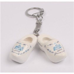 Keychain wooden shoes Geocoinfest